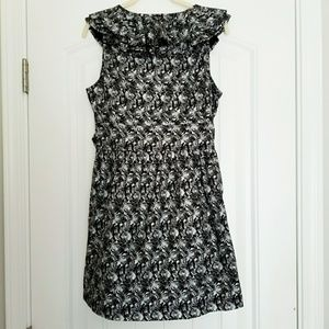 TULLE BLACK AND SILVER ROSE DRESS